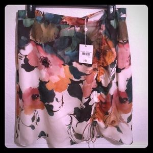 New Haute hippie 100% silk skirt